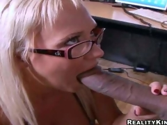 Cock hungry blonde secretary Carly Parker with stunning melons and hawt glasses receives on knees and gives head to Justin Long with heavy cock in hawt office action at lunch break