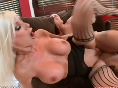 Puma Swede gets her fur pie pumped
