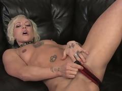 Watch this hawt blond milf undress and masturbate in hd